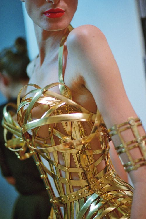 f-l-e-u-r-d-e-l-y-s: backstage at jean paul gaultier haute couture, photographed by schohaja, fall 2012