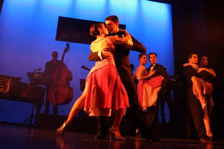 Going to a tango show, a must during your time in Buenos Aires!