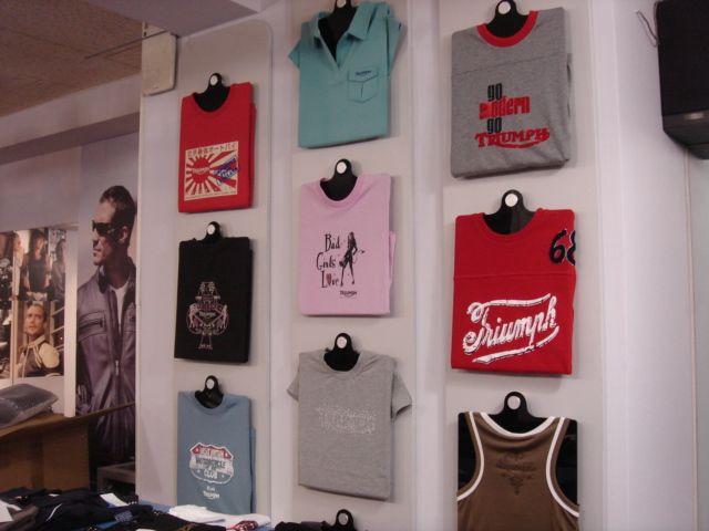 Tシャツ ディスプレイ Google 検索 ディスプレイ Pinterest