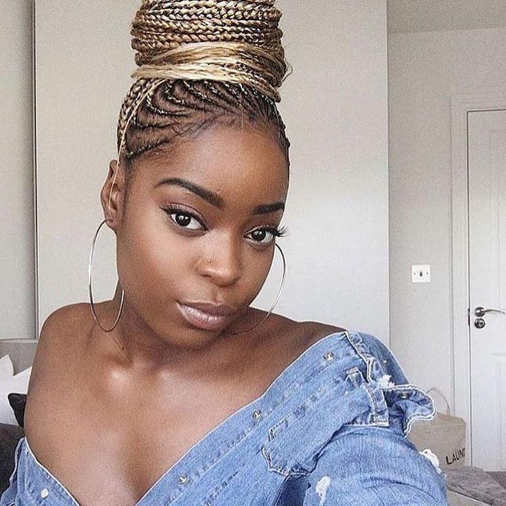 """3 Likes, 1 Comments - Nigerian braids 🔥💦 (@nigeriabraids) on Instagram: """"Lovely braids 😍 . . #weddinghair #braids #nigerianbraids #braiding #americansalon #georgous…"""""""