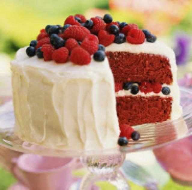 5 Cake Recipes: Sponge, Chocolate, Red Velvet, Carrot and Pound: Red Velvet Cake