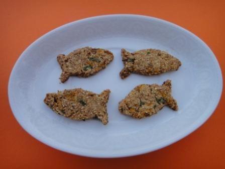 Biscoito de Peixe para Cães http://erikahorst.com
