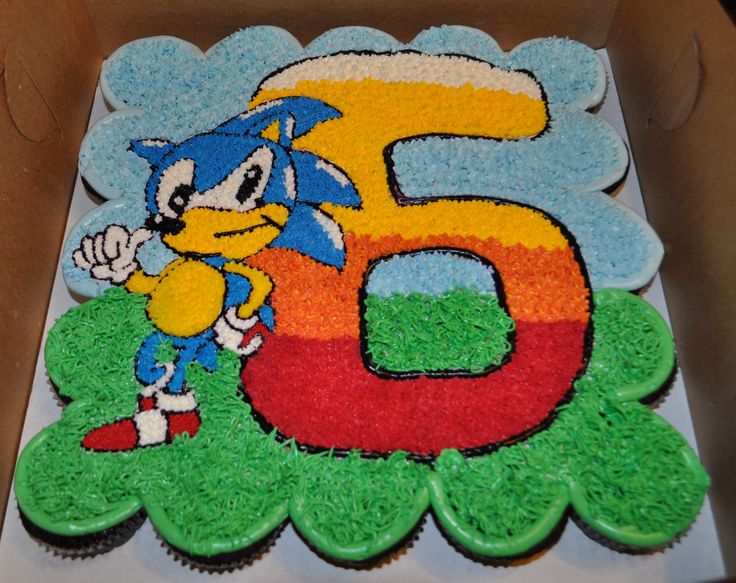 Sonic The Hedgehog Pull Apart Cake By Summer S Sweet
