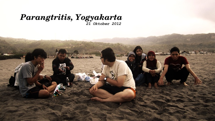 This place makes things all over.  Parangtritis beach, Yogyakarta, Indonesia