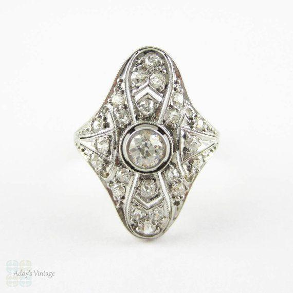Art Deco Diamond Cocktail Ring, Filigree Design White Gold Dinner Ring with Old European Cut Diamonds, 1910s - 1920s.