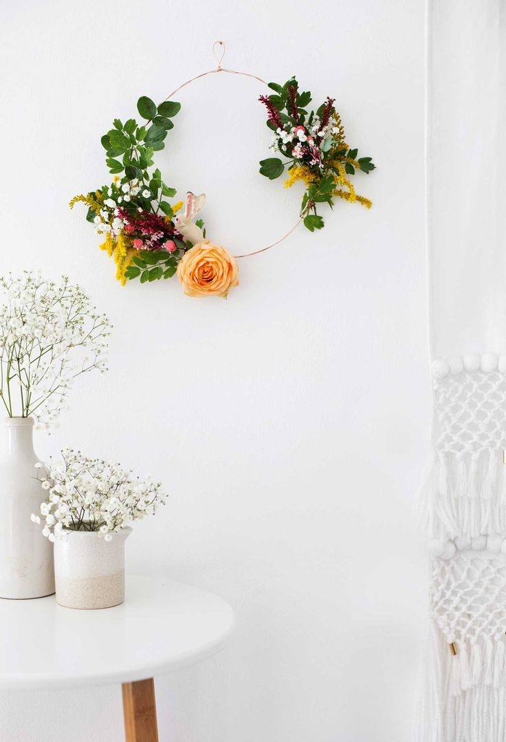 How to make a floral wreath - Mollie Makes