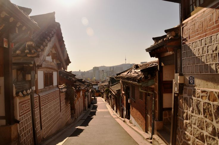 https://flic.kr/p/aTzuX4 | 8 Sceneries of Bukchon Hanok Village.