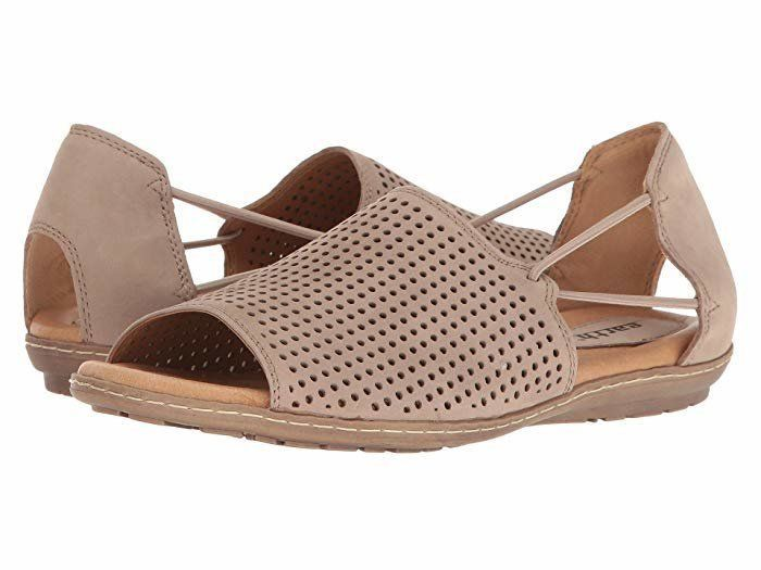 15 Fashionable Women's Wide-Width Shoes