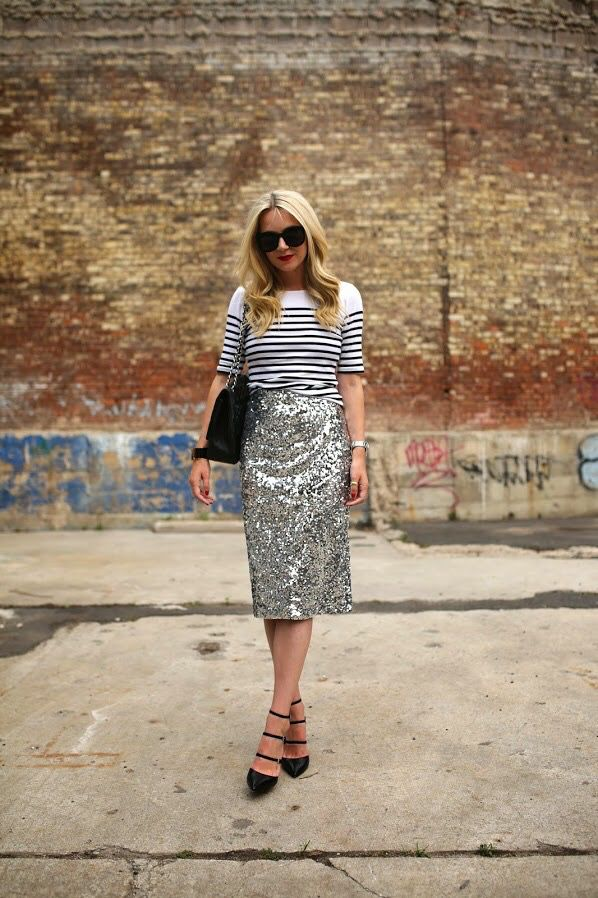 Love the combo of the stripes & sequins, great for day or evening