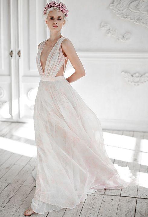 Единственная в мире коллекция свадебных платьев  для пляжной церемонии  sand in my shoes от модного Российского дизайнера.Огромный выбор разныхнедорогих необычных дизайнерских свадебных платьев, более 150 моделей.  http://victoriaspirina.com Платья из натурального хлопа, шёлка. белые платья бохо,платья бохо с рукавами, летящие свадебные платья, простые свадебные платья, свадебные платья из тафты, зимние свадебные платья, деревенские свадебные платья, свадебные платья 2016