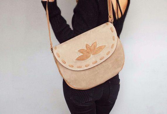 Nude leather saddle bag. Beige nubuck shoulder purse. by 5plus