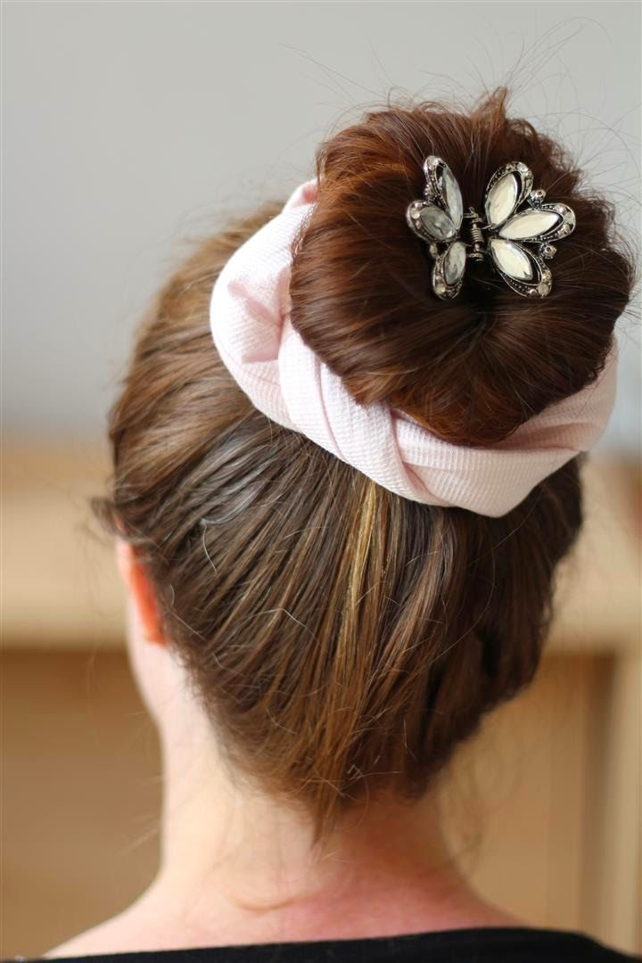 Make a fabric bun wrap, based on the traditional Japanese kanoko.