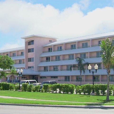 freeport bahamas hotels | Castaways Resort & Suites Grand Bahama Island in Freeport: Hotel Rates ...