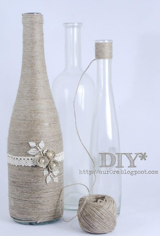 "Reciclagem de garrafas. // PRETTY WAY TO HIDE MAYBE A NOT-SO-EXPENSIVE, [i.e.""Class-Challenged""], BOTTLE OF SPIRITS! (phew!) ♥A"