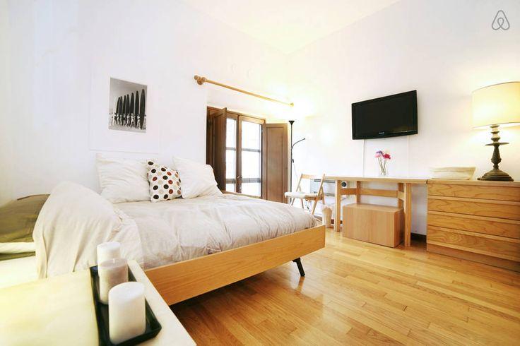 Airbnb - Florence - RICASOLI STUDIO - £37 per night