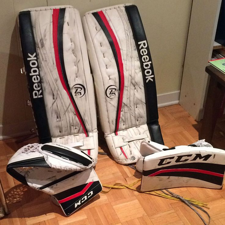 Today we have a set of White and Black Reebok pads and CCM gloves that needed a little extra colour. So this customer picked up our Red PadSkinz and went to work creating the look you see. It's a subtle change but has given the gear a great new, refreshed look! www.padskinz.ca