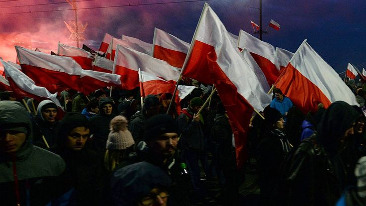 Far-right march on Poland's Independence Day draws 60000