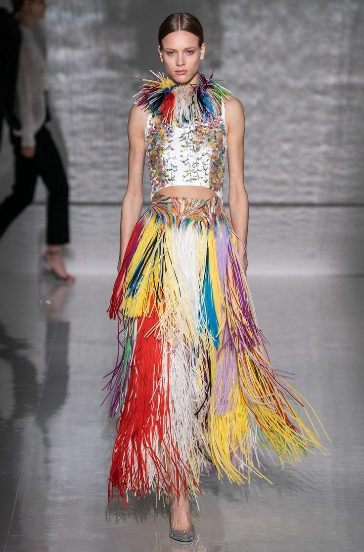 Givenchy Haute Couture Printemps-Été 2019 – Défilé