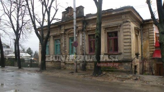 Casa Emil Racovita, Iasi, Romania