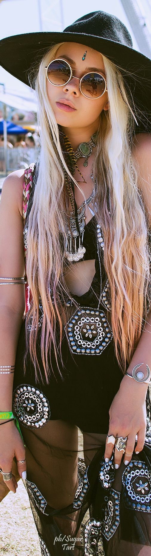 ≫∙∙☮ Bohème Babe ☮∙∙≪• ❤️ Babz™ ✿ιиѕριяαтισи❀ abbigliamento #bohojewelry #boho #Coachella