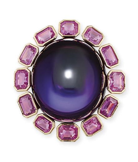 AN IMPRESSIVE AMETHYST AND PINK SAPPHIRE COCKTAIL RING, BY TAFFIN