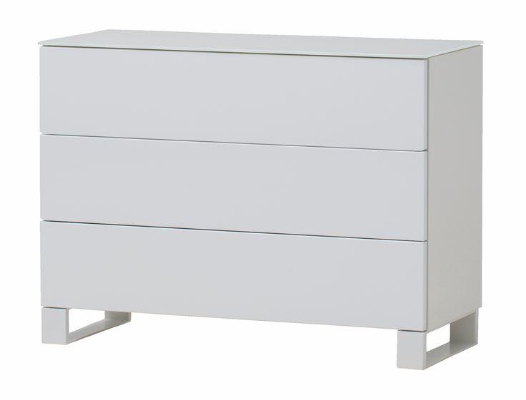 Zara byrå - 3 lådor från Nurmela hos ConfidentLiving.se