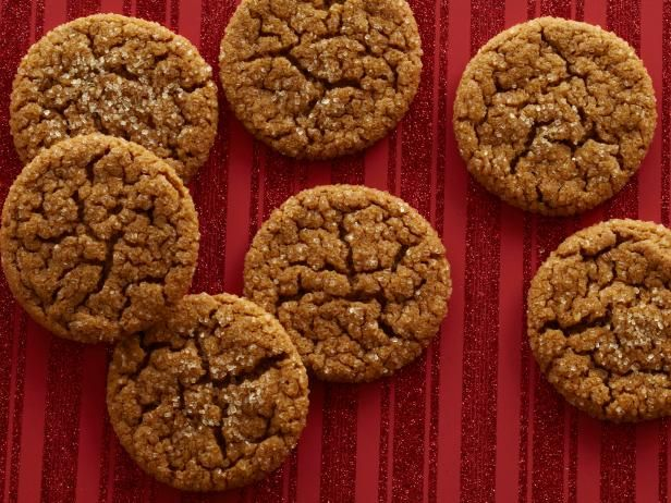 """Jamie's Old-Fashioned Ginger Crinkle Cookies : Jamie shares his old-fashioned favorite. """"These cookies are nice and chewy on the inside with a nice crunch on the outside. They have a wonderfully soft texture from using both shortening and butter. When you bake these cookies, your house will smell like Christmas!"""""""