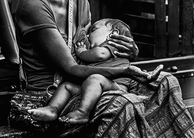 Ukrainian-Russian War:  Desperate  Mother Begs for Her Nursing Child