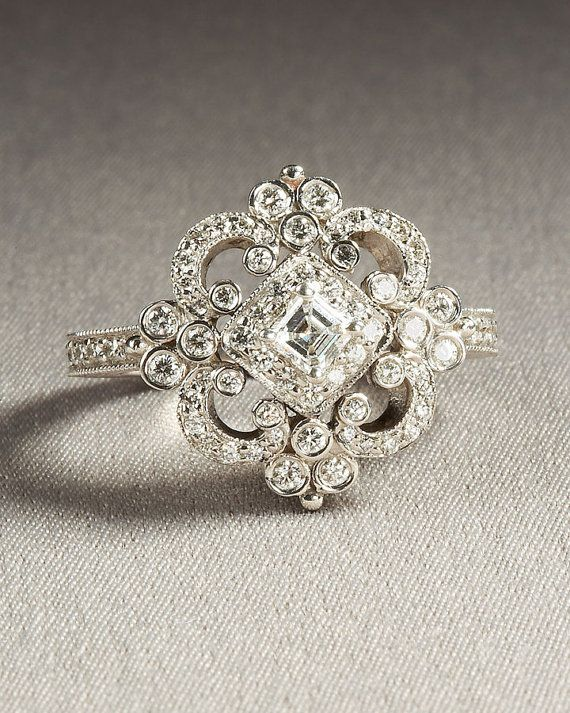 beautiful vintage ring...