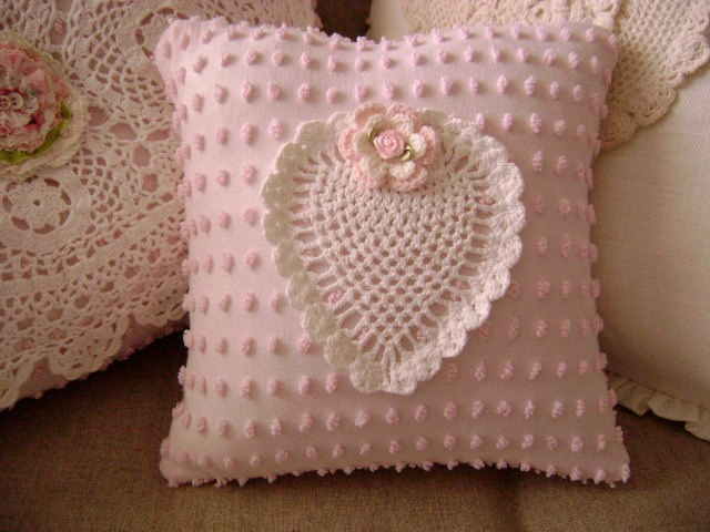 Vintage Chenille 'SWEET HEART' Pillow Sweet Vintage by TWFaith❤❤❤