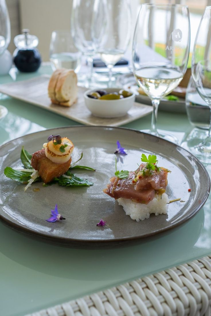 Tasting plate with Rottnest tuna sashimi with ginger jelly, and seared Esperance scallop with pork belly