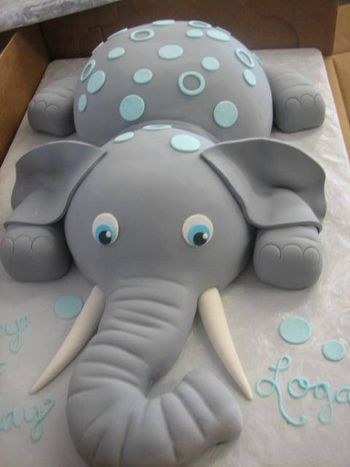 Elephant cake! I know it's meant for baby showers but I LOVE ELEPHANTS. I WANT AN ELEPHANT CAKE!!