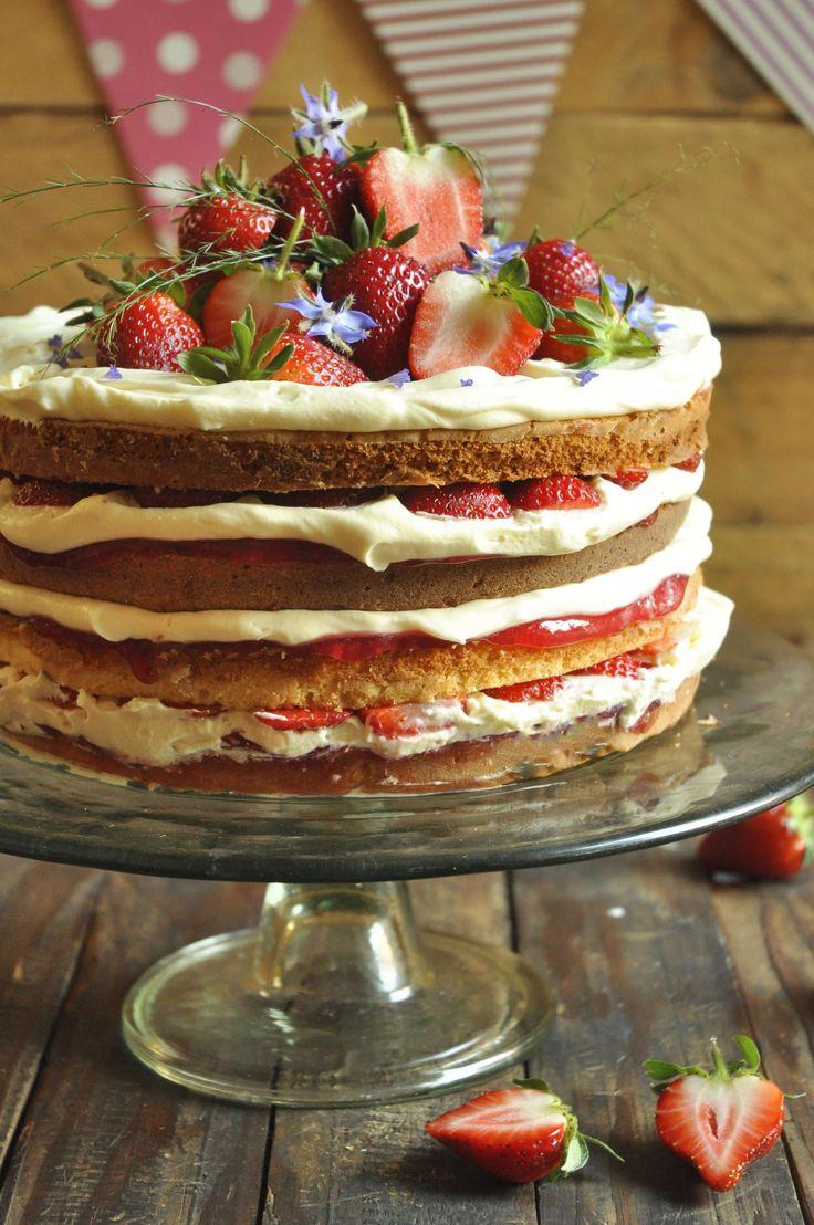Hot Milk Vanilla Sponge Cake with Mousse and Strawberries