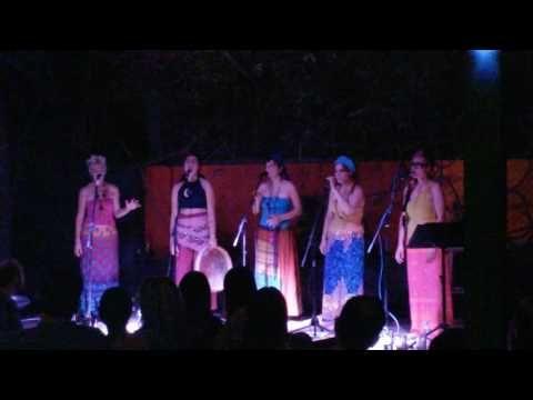 Αγρίμια κι αγριμάκια / Stringless - YouTube