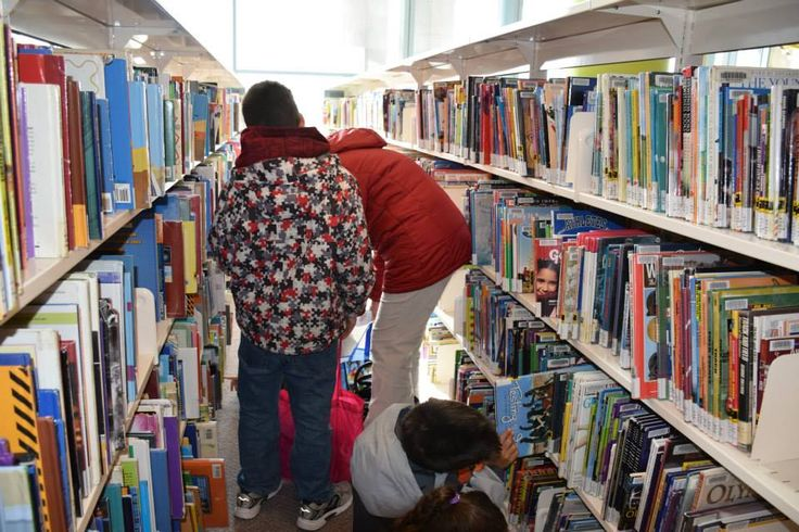 So many books to choose from