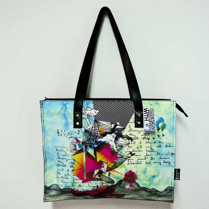 """""""Beyond the logic"""" A unique collage that looks like it popped out of a fairytale gives life to a wonderful bag that was made only to make you stand out."""