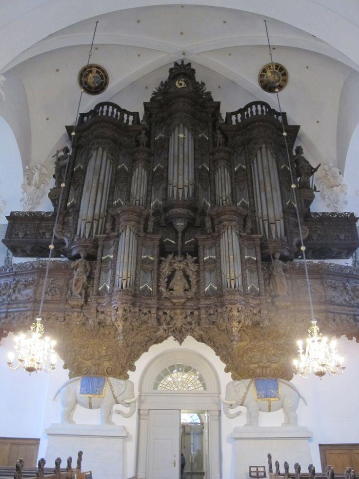orgel - vor frelser kirke, christianshavn