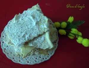 """""""Cenci"""" - Typical Tuscan carnival sweets"""
