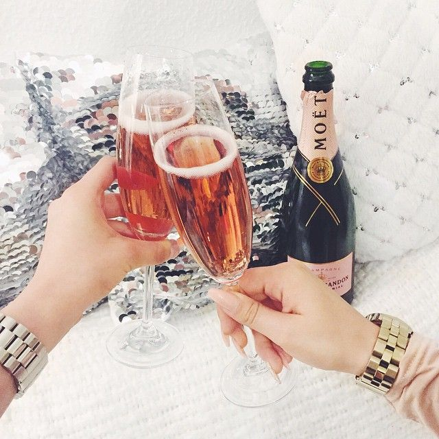 Moet for breakfast <3