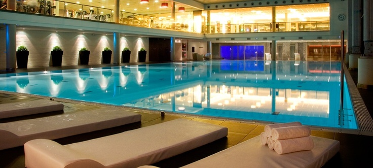 Gran v a barcelona gimnasios club metropolitan - Metropolitan spa madrid ...
