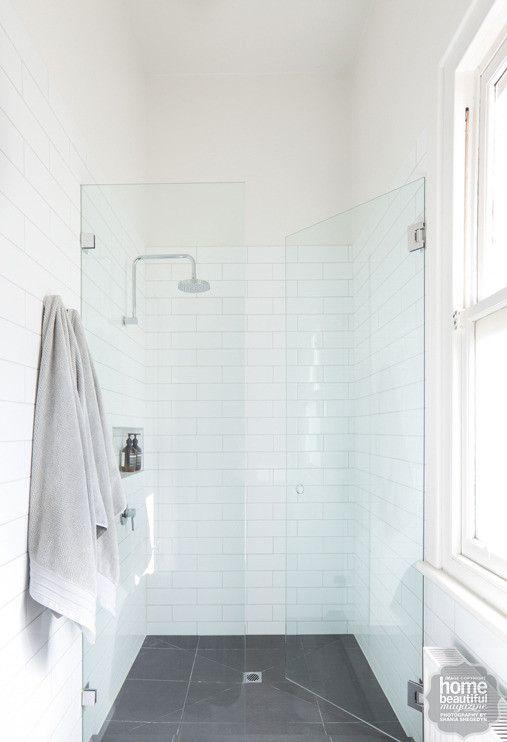 Glaswand Badkamer Op Maat ~   Witte Tegels In De Badkamers op Pinterest  Betegelde Badkamers, Witte