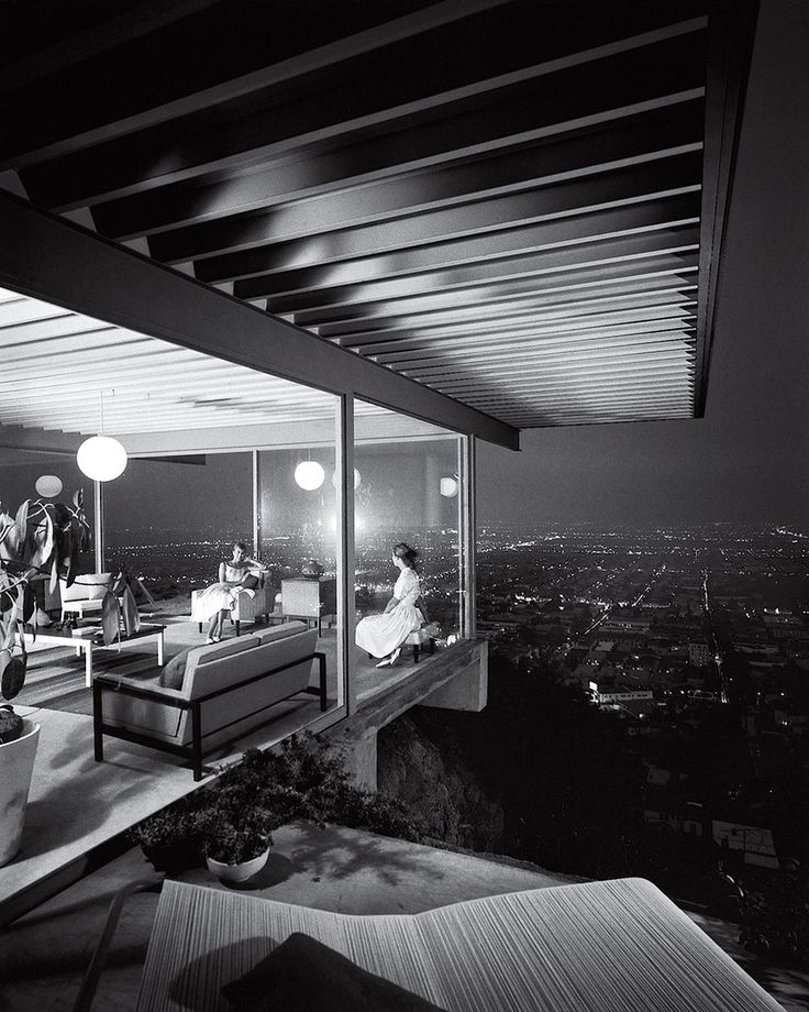 Case Study House no. 22, Los Angeles by Julius Shulman