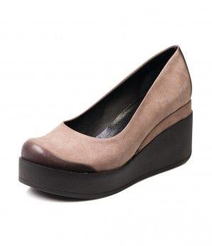 Купить женские бежевые туфли на каблуке | Mario Muzi