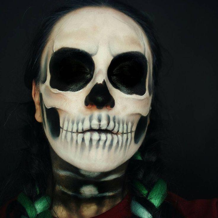 My Halloween Skull Makeup  Check my YouTube Channel,  link in bio Mój wczorajszy Makijaż  Dzięki Kochani za głosowanie na Insta Story! Jutro napiszę co wygrało  #halloweenmakeup #halloween #makeupcommunity #makeupartist #mua #skullface #skull #skullmakeup #realisticskull #youtuber #youtube #lifestyle #beautyblogger #polishgirl #polskablogerka #polskadziewczyna #l4l #f4f