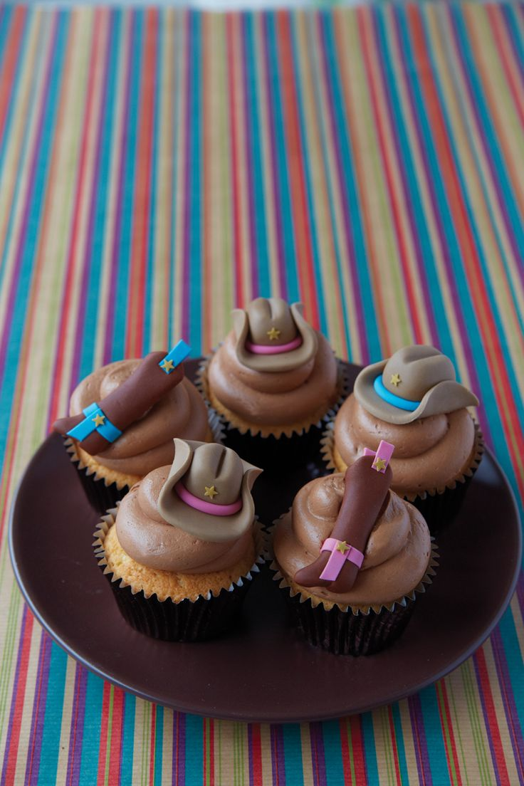Western cupcakes: Cowboy Cupcakes, Amazing Cupcakes, Western Cupcakes, Western Birthday Cake, Awesome Yummy Cupcakes, Cowgirl Cupcakes, Cowgirl Birthday Cake, Cup Cake