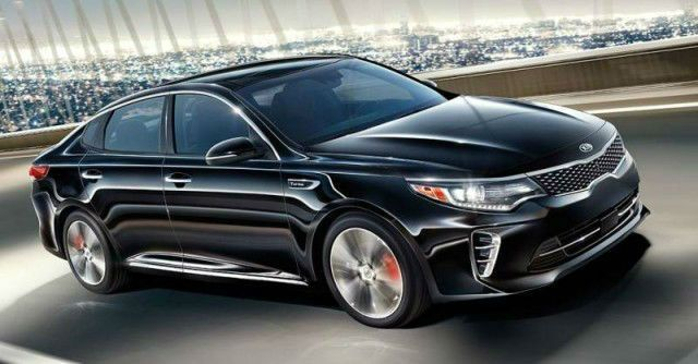 2017 Kia Optima is the featured model. The 2017 Kia Optima SX image is added in car pictures category by the author on Jul 25, 2016.