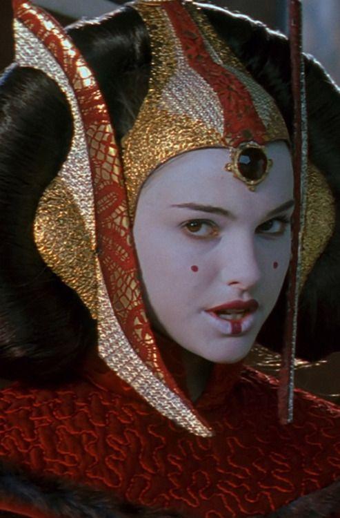 Best 25 queen amidala costume ideas on pinterest queen - Princesse amidala star wars ...