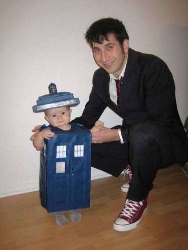 Thank you for being the most awesome parents. TARDIS costume for baby and Dad as Tenth Doctor - Doctor Who    This is the cutest thing I have ever seen!