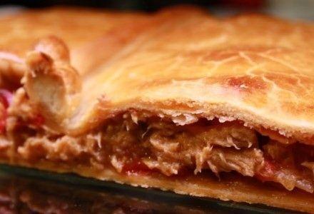 Empanada galelga baja en calorías. Exquisita receta de empanada gallega, una receta light para comenzar a bajar calorías.