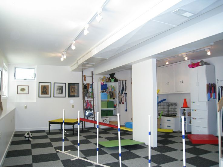 I feel like this dog play room is right up your alley @Shelby Tilden @Casondra Albrecht
